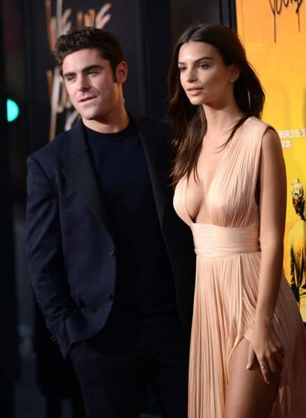 L'acteur pose avec sa partenaire à l'écran pour récompenser ses efforts