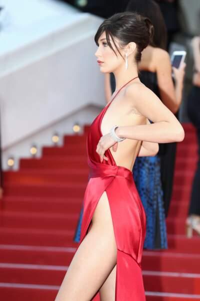 Festival de Cannes, les accidents de tenue les plus sexy - Et elle avait raison de s'en méfier