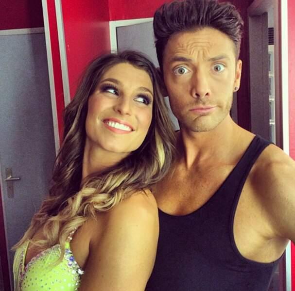 Pause selfie pour Laury Thilleman et Maxime Dereymez