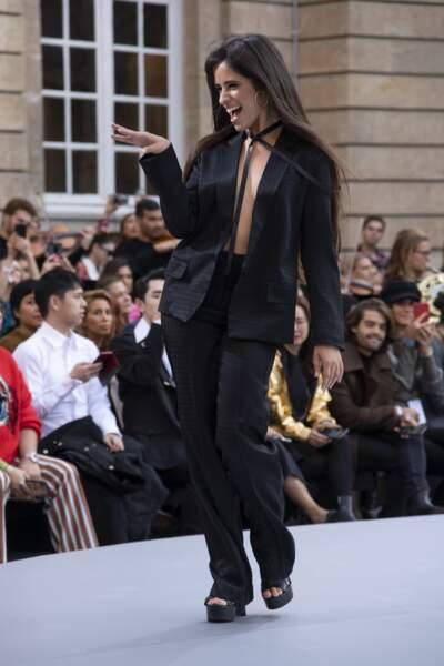 Camila Cabello lors du défilé L'Oréal Paris