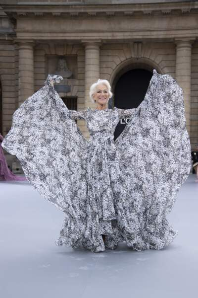 Helen Mirren lors du défilé L'Oréal Paris