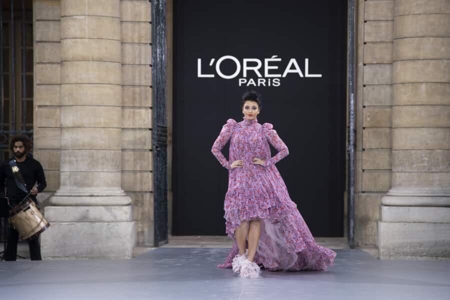 Aishwarya Rai lors du défilé L'Oréal Paris