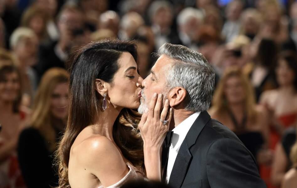 Le fameux bisou d'Amal à George Clooney
