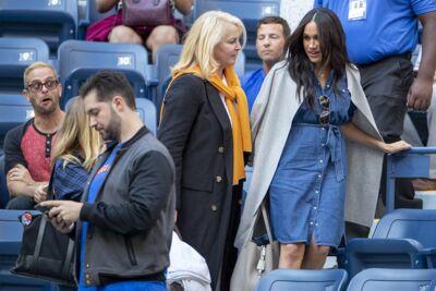 Meghan Markle : on craque pour sa robe en jean à moins de 150 €!