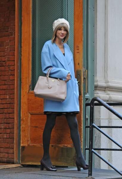Taylor Swift toujours aussi BCBG (et ça lui va bien)