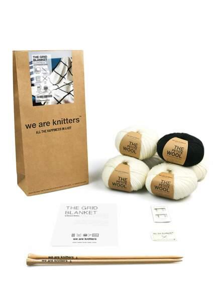 Kit de tricot pour réaliser un plaid à carreaux, We are knitters, 89€