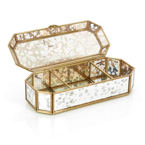 Boîte à bijoux en miroir effet vieilli, Nature&Découvertes,37,90€
