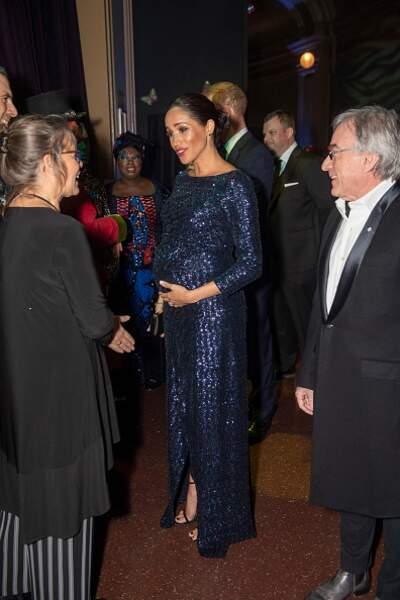 Sa robe glitter pour la Royal Variety Performance