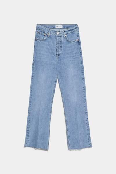Jean taille haute légèrement évasé, Zara, 23,97€