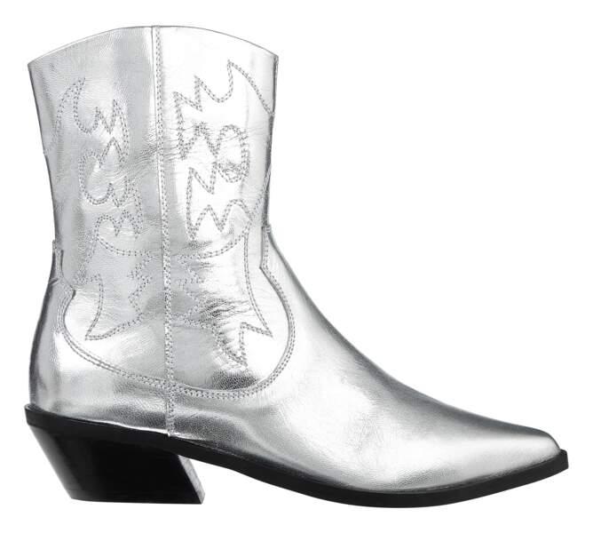 Boots. 76,99 €, Asos