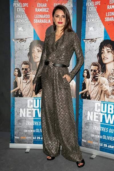 Do : Penélope Cruz troque sa robe à paillettes contre une combinaison