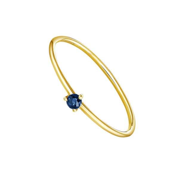 Bague solitaire en or jaune avec saphir bleu, Aristocrazy, 129€