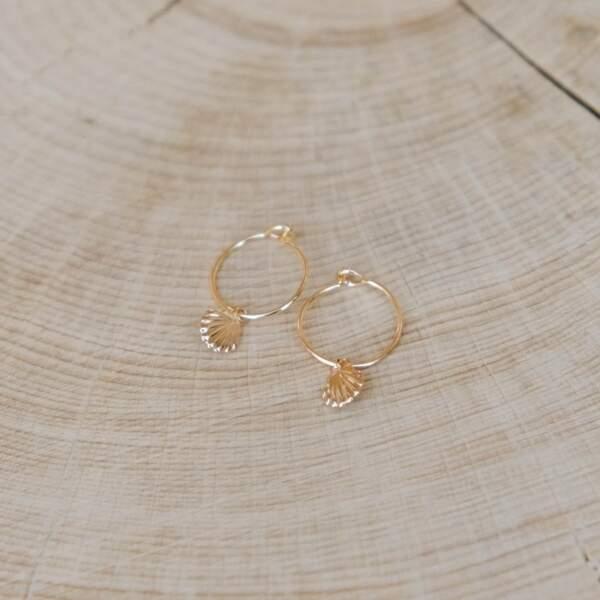 Boucles d'oreilles avec coquillage, L'Atelier de Solène, 30€