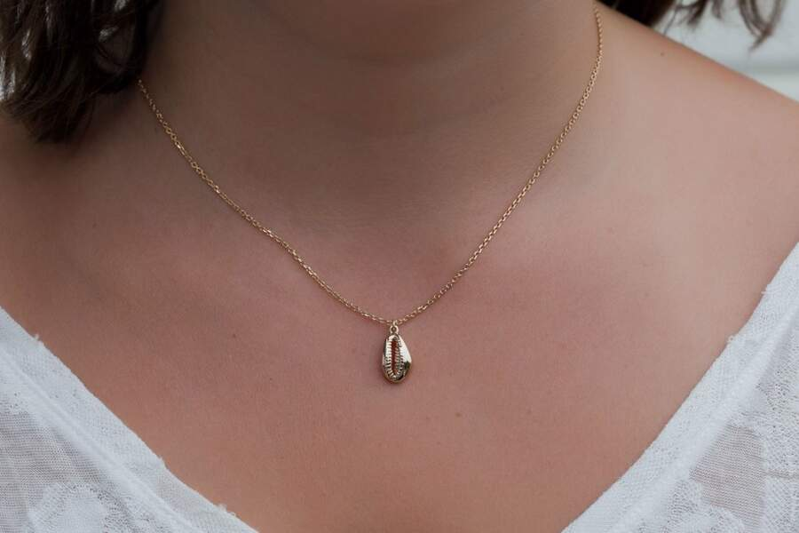 Collier coquillage plaqué or, Elise & Moi, 39€
