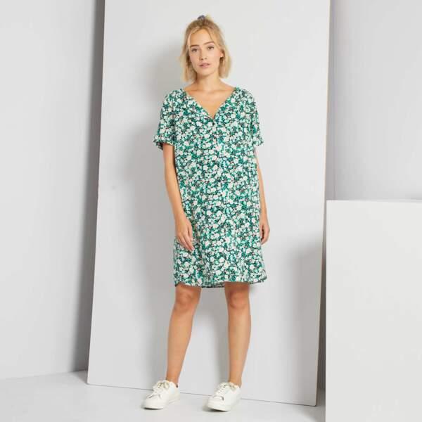 Robe courte forme chemise à motif fleuri, Kiabi, actuellement à 13,50€
