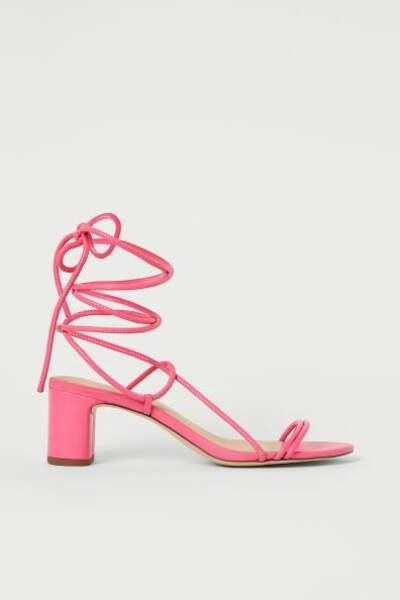 Sandales en cuir rose, H&M, 24,99€
