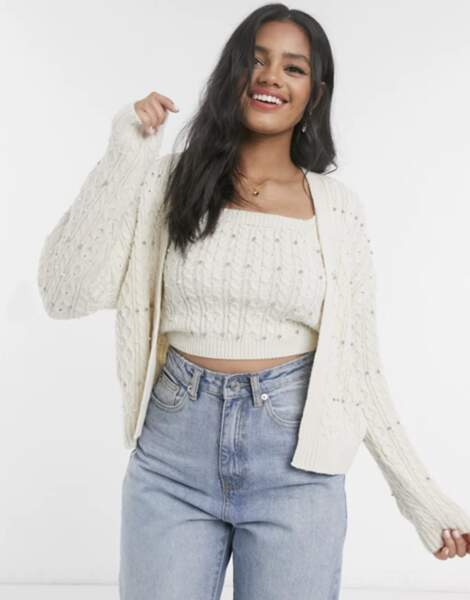 Ensemble cardigan et top en maille orné de perles, New Look sur ASOS, 33,99€