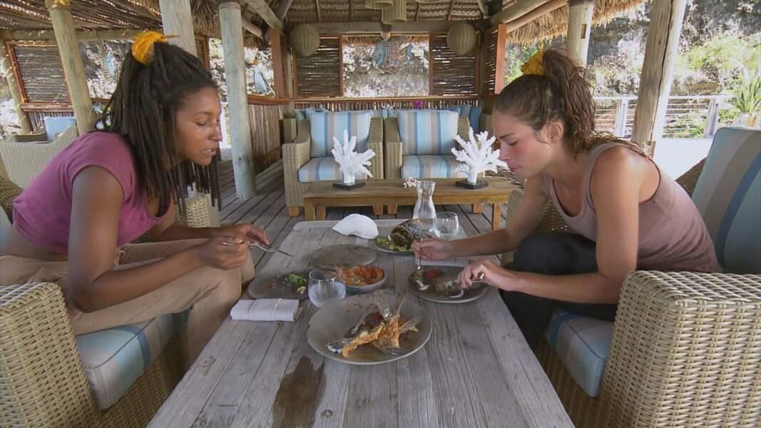 Koh-Lanta, les 4 Terres - épisode 10 : Lola choisit Angelique pour profiter de son confort