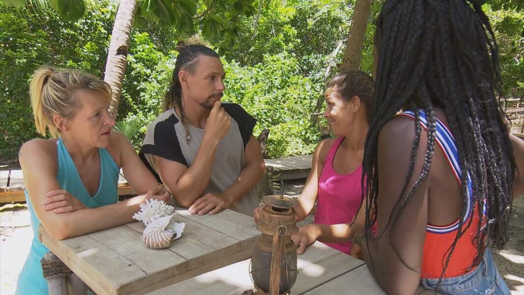 Koh-Lanta, les 4 Terres - épisode 10 : Joaquina rejoint les aventuriers du conseil final après son élimination