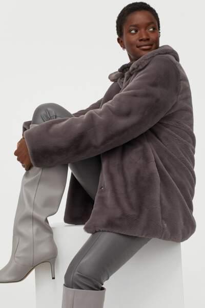 Manteau en fausse fourrure, H&M, actuellement à 47,99 €
