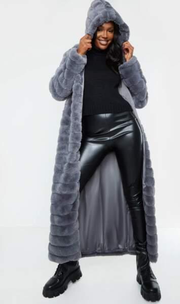 Manteau molletonné en fausse fourrure, PrettyLittleThing collection Tall, actuellement à 60 €