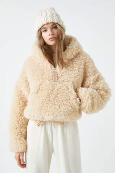 manteau anorak en fausse fourrure bouclée, Pull&Bear, actuellement à 23,99 €