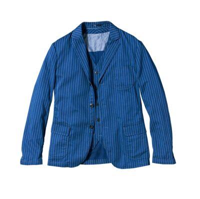 92a73ccbbaed0 Avec des imprimés et surtout la couleur bleu déclinée dans plusieurs  tonalités. Coup de cœur de la rédaction : la veste en coton lavé 79,99€