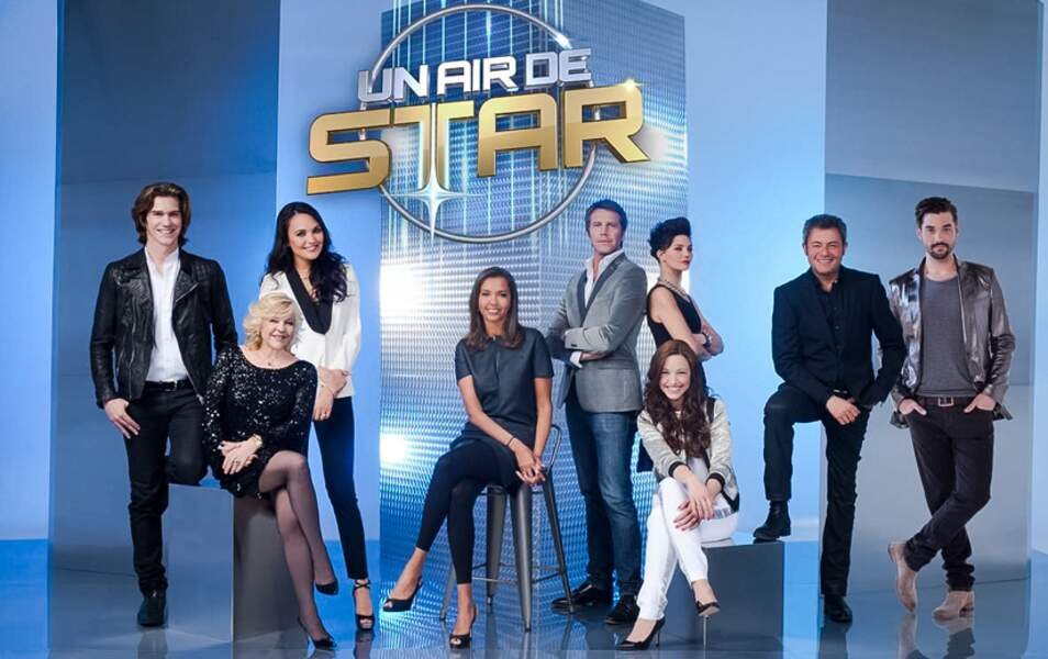 Karine Le Marchand, entourée des candidats d'Un air de star