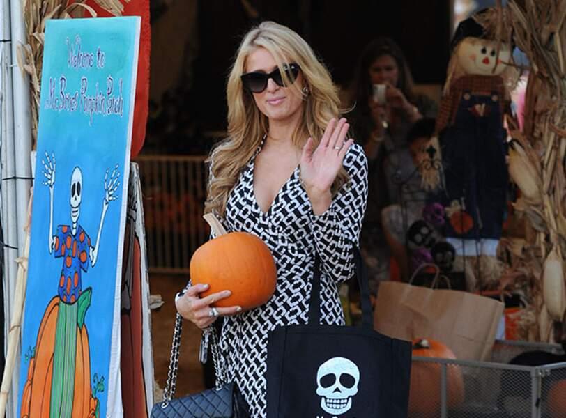 Paris Hilton au pays des citrouilles