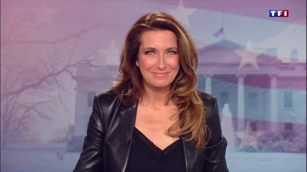 Anne-Claire Coudray présente les JT du week-end de TF1 depuis le 18 septembre 2015 et a succédé à Claire Chazal