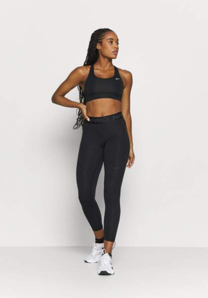Legging, Nike Performance, 23,45€ au lieu de 46,95€