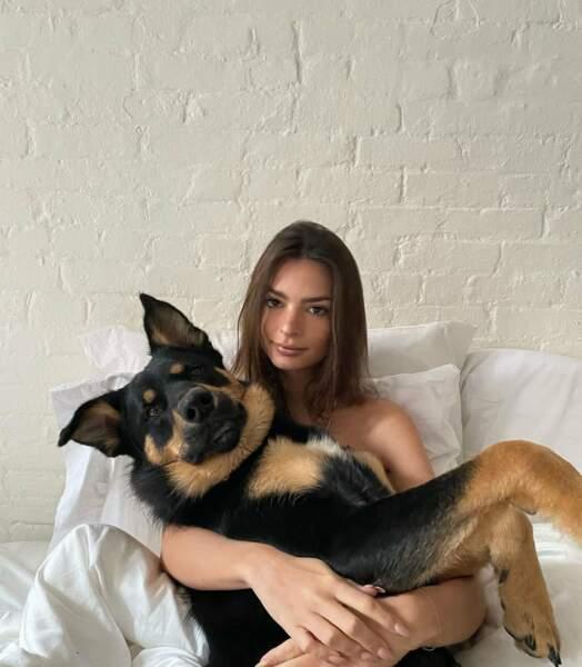 Emily Ratajkowski et Colombo