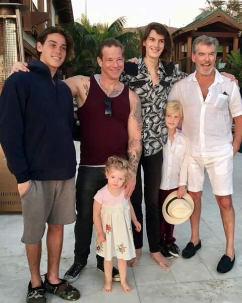Pierce Brosnan grand-père à 44 ans