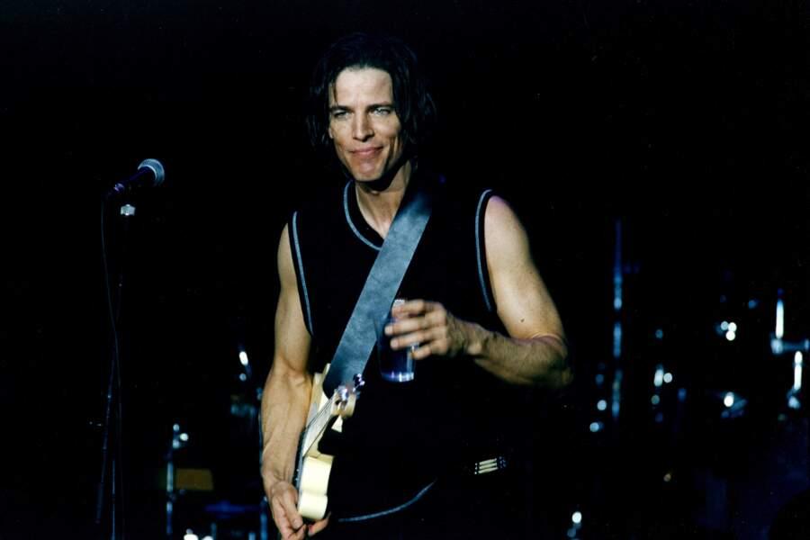 Bradley Cole (Daniel) a fait carrière dans la chanson et est devenu une star du pop-rock aux Etats-Unis