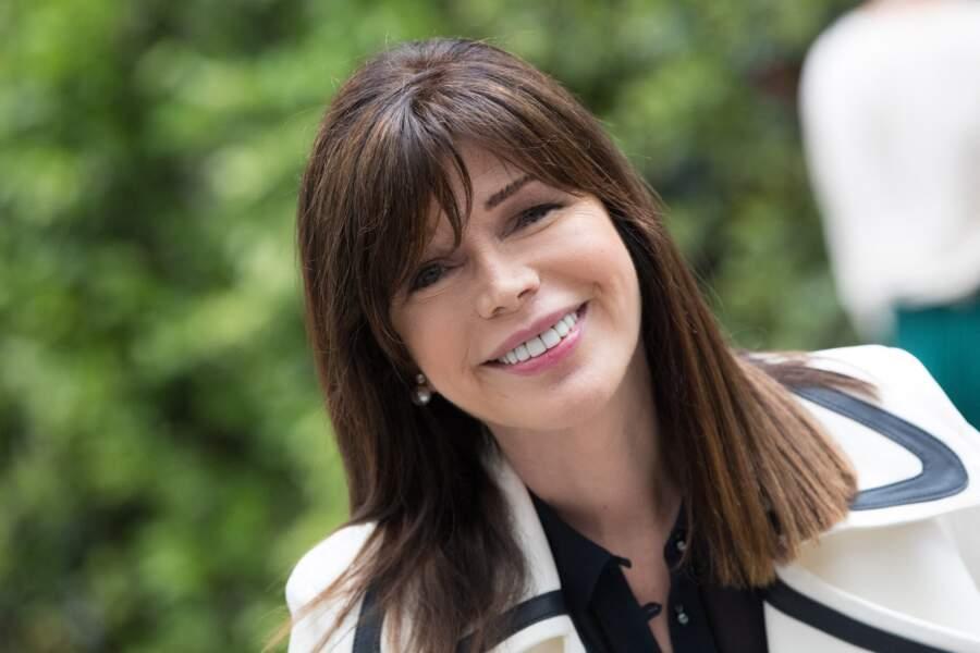 Karen Cheryl, devenue Isabelle Morizet, a été chroniqueuse dans Les grands du rire sur France 3 et Les années bonheur sur France 2