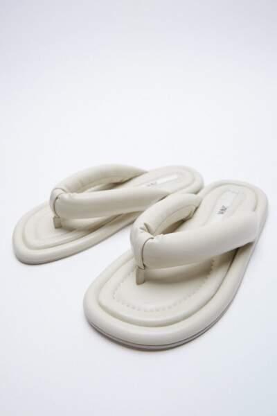 Tongs plates matelassées, Zara, 39,95 €