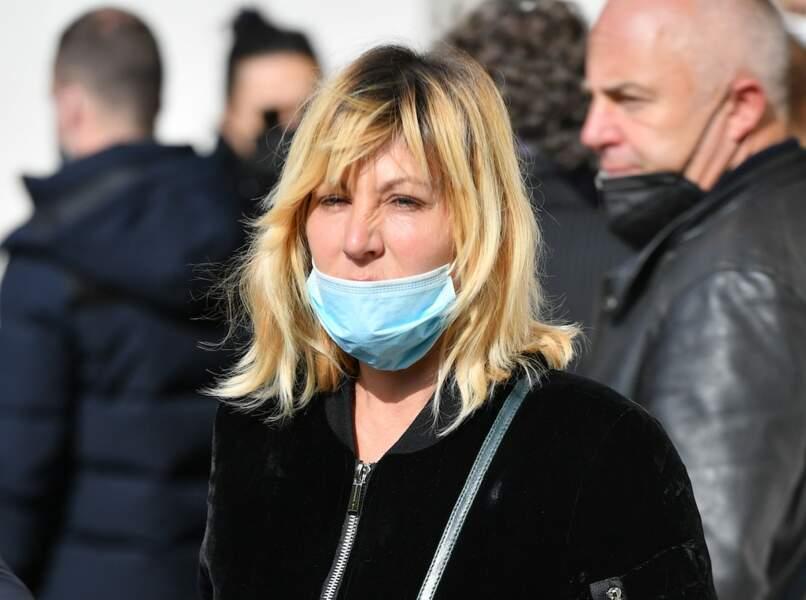 Obsèques d'Yves Rénier : Mathilde Seigner et Jean-Luc Reichmann présents pour un dernier adieu