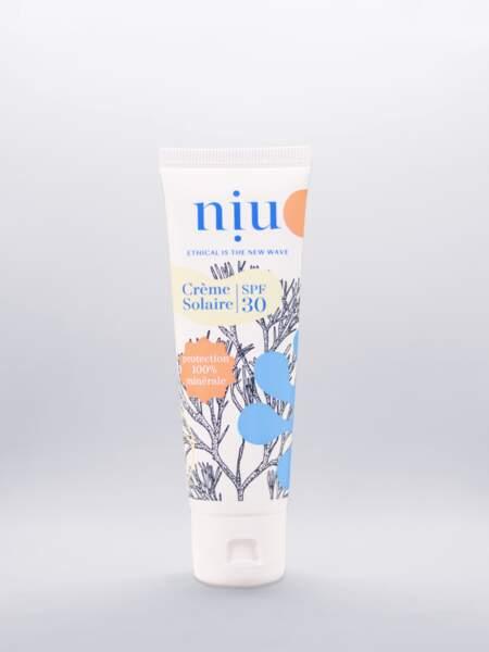 Crème solaire SPF30, NIU, 10,95 € les 50 mL.