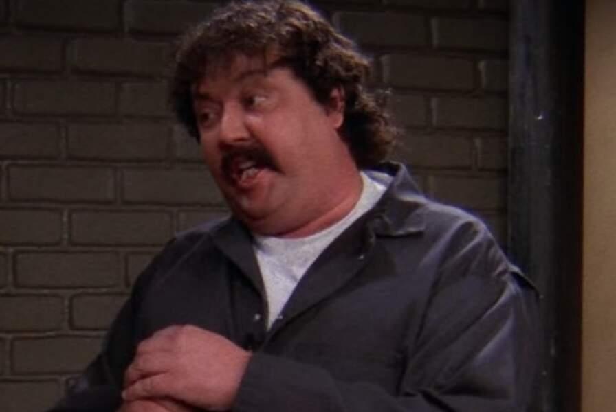 Monsieur Treeger (Mike Hagerty) dans Friends