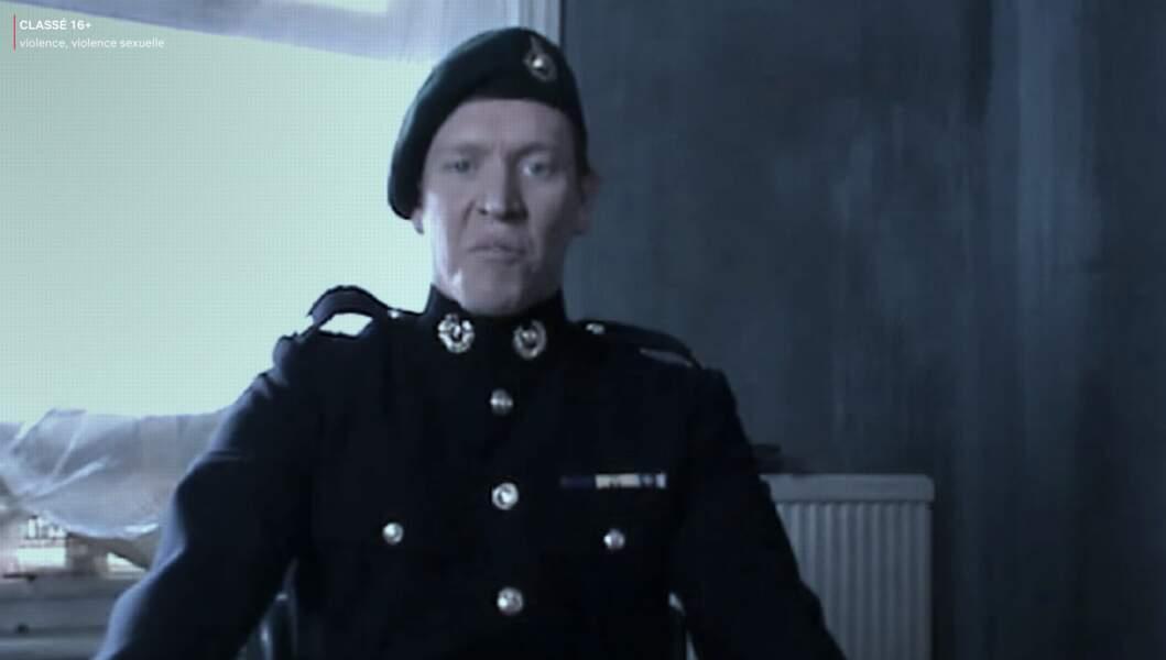 Sam Spurell incarne Owen Lynch, le sniper