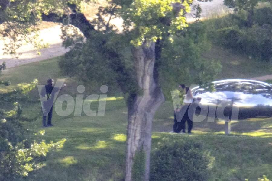 Kanye West et Irina Shayk en couple : ils ont accueilli quelques amis pour les 44 ans du rappeur ce mardi 8 juin