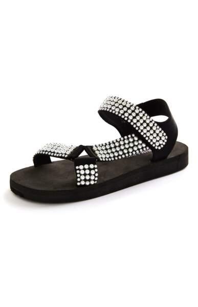 Sandales à strass, Primark, 14 €