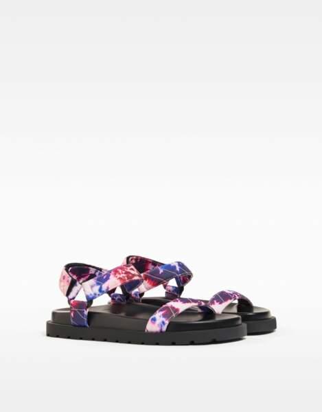 Sandales psychédéliques, Bershka, 17,99 €