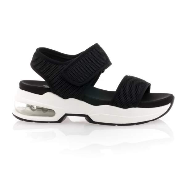 Sandales à plateformes, Besson, 39,99 €