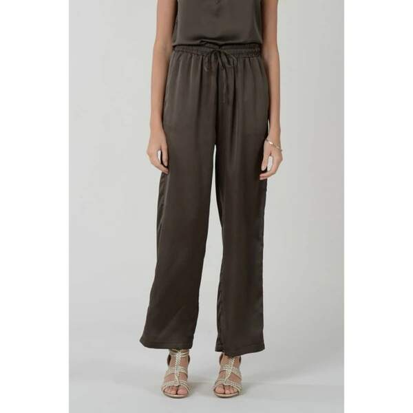 Pantalon fluide et large, Molly Bracken, 39,95€