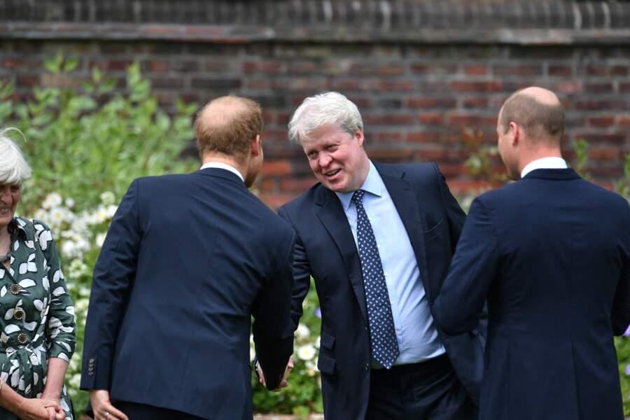 DianLe prince William et le prince Harry découvrent la statue en hommage à Lady Dianaa's 60th birthday
