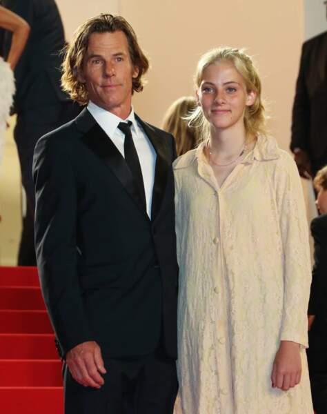 Hazel, la fille de Julia Roberts, a fait sa première apparition au Festival de Cannes avec son père Daniel Morel