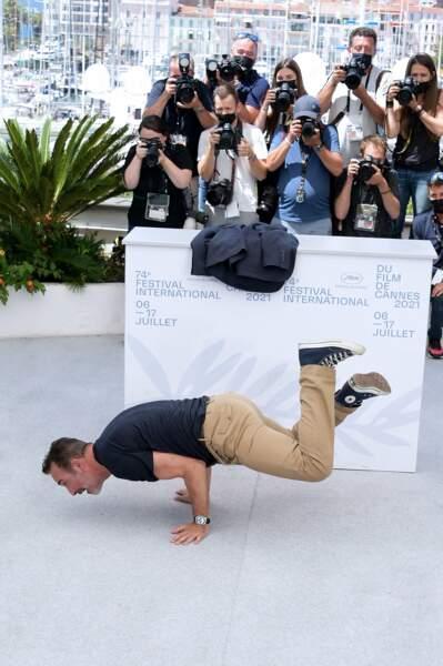 Jean Dujardin a un talent pour la breakdance