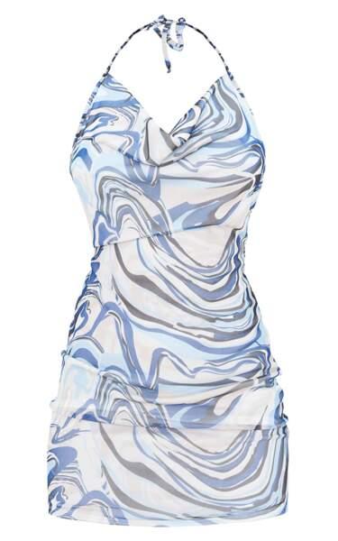 Robe moulante en mesh bleu imprimé marbré dos nu, PrettyLittleThing, actuellement à 17€