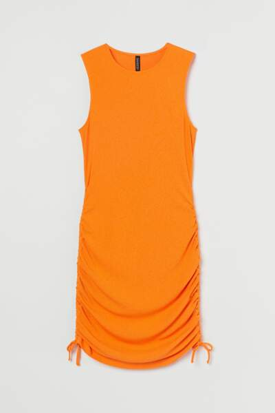 Robe orange, H&M, 9,99 €.